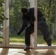 Jesienią i zimą wzrasta ryzyko kradzieży z włamaniem. ERGO Hestia radzi: sprawdź jak właściwie zabezpieczyć mienie