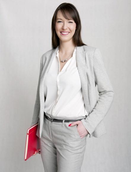 Biuro ma płeć. Czy polskie biura są przyjazne kobietom? BIZNES, Firma - Tegoroczne analizy firmy doradczej Grant Thornton International wykazały, że w Polsce blisko 34% kobiet zajmuje wysokie stanowiska kierownicze, co stanowi spadek o 3% w stosunku do 2015 roku.