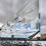 Szkło przeciwsłoneczne na elewacji siedziby BNL-BNP Paribas w RzymieBudynek głów