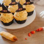 """""""Odgryzę palca wiedźmie"""" – Halloweenowa kampania """"niecukierni"""" Fit Cake"""