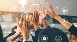 """O roli nagród w programach lojalnościowych BIZNES, Firma - Uczestnicy programów lojalnościowych w B2B oczekują od organizatora atrakcyjnych gratyfikacji. Przyznają, że nagrody są główną motywacją do udziału w konkretnym programie (39 proc) – wynika z badania """"Kompas lojalności w B2B. Oczekiwania uczestników a rzeczywistość""""."""