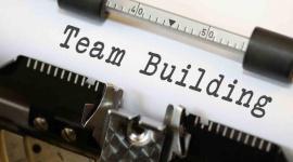 Team building, czyli jak wprowadzić trwałe zmiany z zespole BIZNES, Firma - Nie finanse, nie strategia ani nie technologia. To praca zespołowa ostatecznie stanowi o przewadze konkurencyjnej