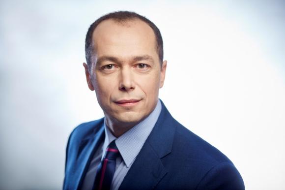Fabian Kowalewski dołączył do Peakside Capital Advisors BIZNES, Firma - Do zespołu Peakside Capital Advisors w Polsce dołączył Fabian Kowalewski. Z branżą logistyczną i magazynową związany jest od blisko 15 lat.