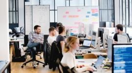 SAP przekazuje swoim pracownikom 400 milionów euro BIZNES, Firma - SAP przekazuje swoim pracownikom 400 milionów euro