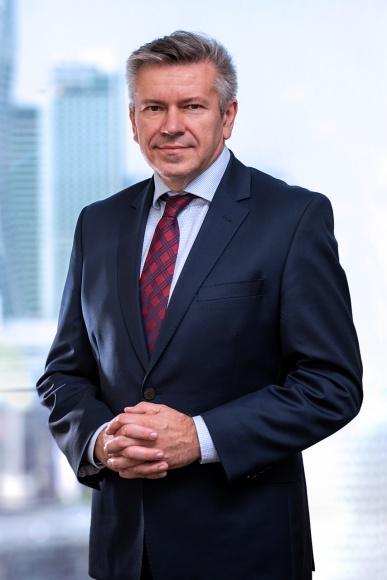 Narzędzia do walki z kryzysem BIZNES, Firma - O optymalnych sposobach reakcji przedsiębiorstw na kryzys gospodarczy rozmawiamy z Mariuszem Grajdą, partnerem zarządzającym firmy doradczej MGW CCG.