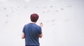 Jak zarządzać kilkoma start-upami jednocześnie? BIZNES, Firma - Założenie i prowadzenie własnego start-upu to odpowiedzialny krok. Początkujący przedsiębiorca staje przed dużym wyzwaniem i mnóstwem decyzji.