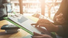 W Sylwestra przedawnią się faktury z 2018 roku – nawet kilkaset milionów złotych BIZNES, Firma - Już wkrótce, 31 grudnia 2020 r., przedawnią się niezapłacone faktury wystawione w 2018 r., dotyczące np. umów sprzedaży, świadczenia usług i o dzieło.